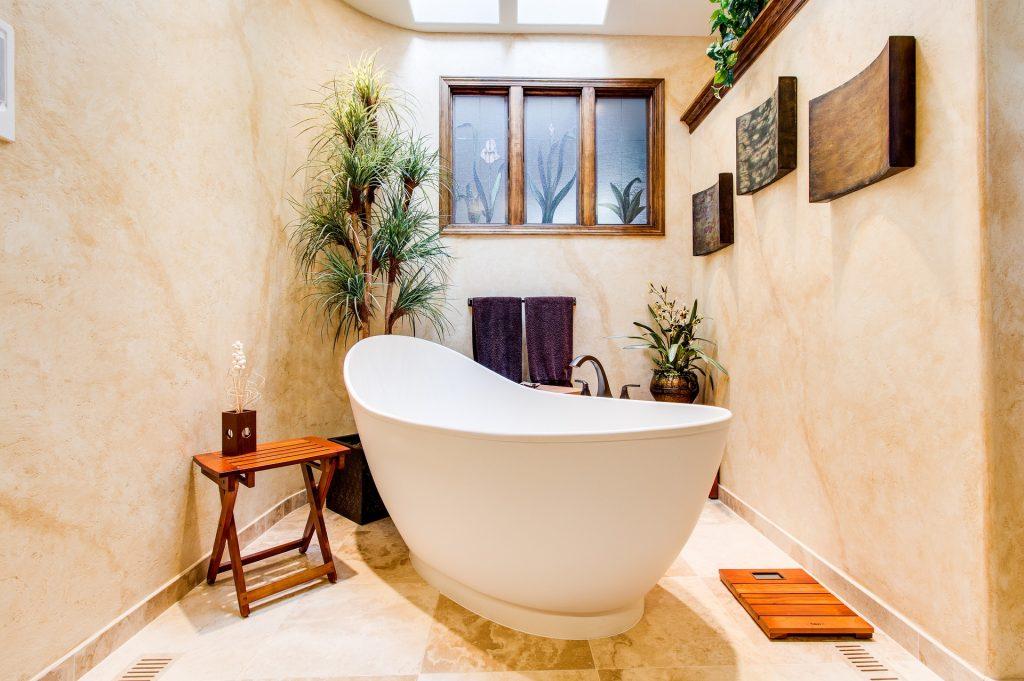 full moon bath tub